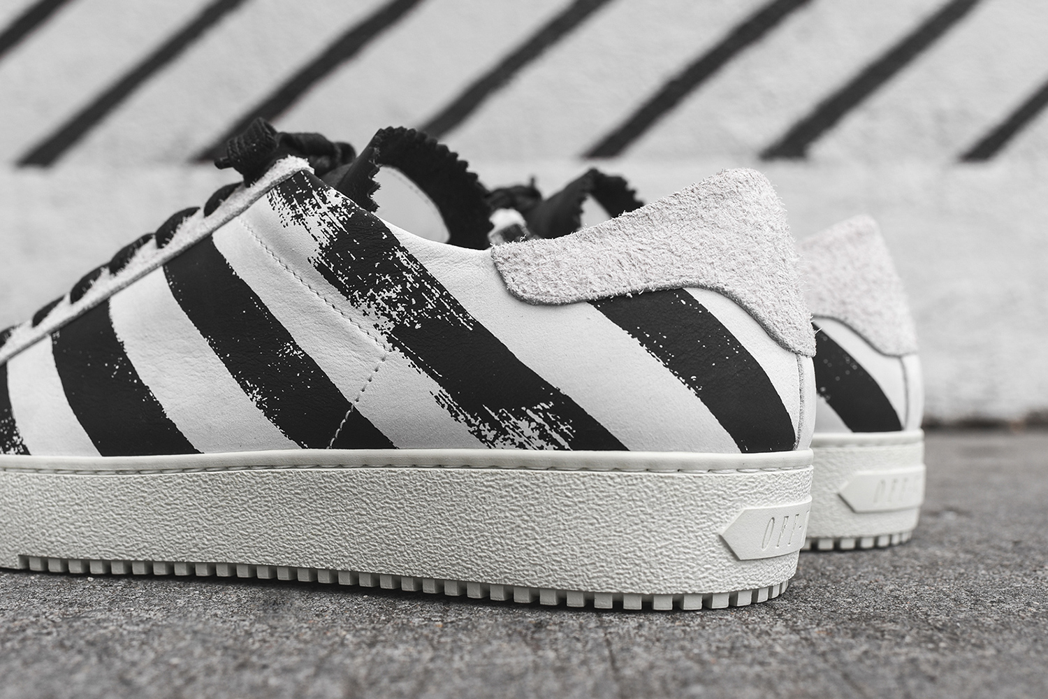 off-white-striped-sneaker-pack-07