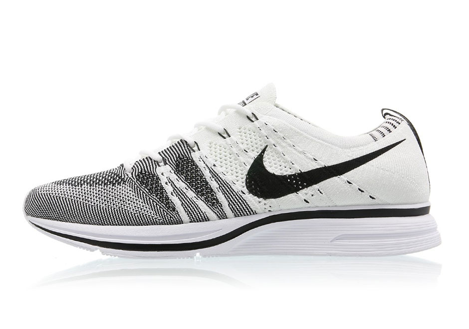 1f0e03026a447 Nike Announces a Release Date for Its Most Popular Flyknit Runner Ever